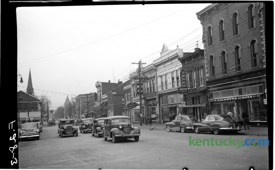 Downtown Cynthiana looking down Main Street (U.S. 27), from the courthouse, January 1951.