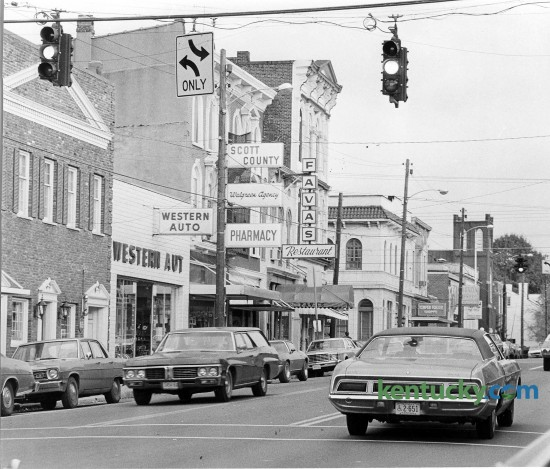 Downtown Georgetown looking down East Main Street, Oct. 26, 1976. Photo by Shelia Richardson | staff
