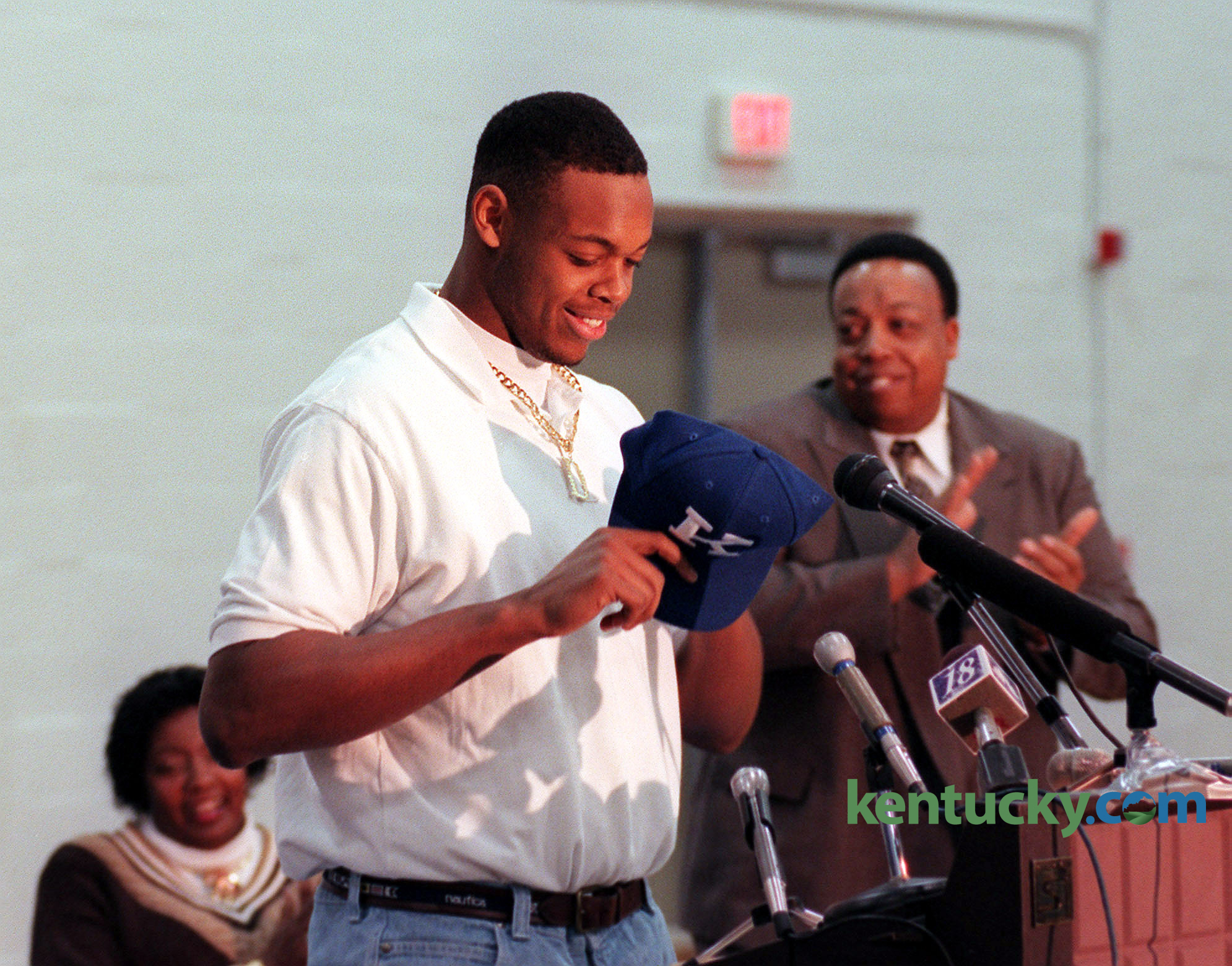 Dennis Johnson signs with UK, 1998 | Kentucky Photo Archive