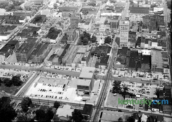"Aerial picture of downtown Lexington, Aug. 27, 1972. Running right to left across the middle of the picture is West Vince Street. The block just above West Vine Street in the middles of the picture is what is now the Lexington Financial Center, locally known as Fifth Third or the ""Big Blue Building."" Across Main Street in the middle is the The Fayette County Courthouse. Herald-Leader archive photo"