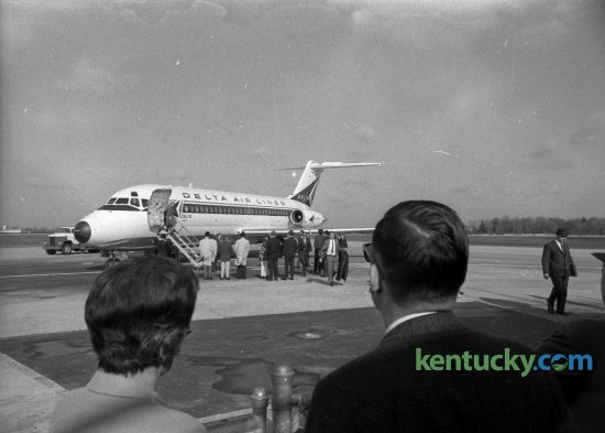 Passengers at Blue Grass Field board the first jet flight out of Lexington, March 31, 1968. The Delta Air Lines DC-9 flew to Detroit. Herald-Leader archive photo