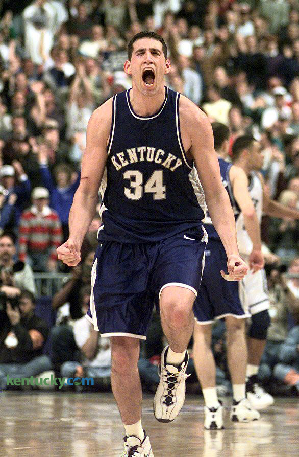 UK's Scott Padgett celebrates shot against Duke, 1998 | Kentucky ...